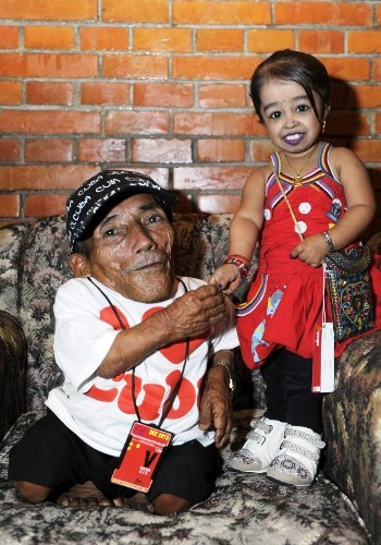 World's shortest man Chandra Bahadur Dangi and Jyoti Amge