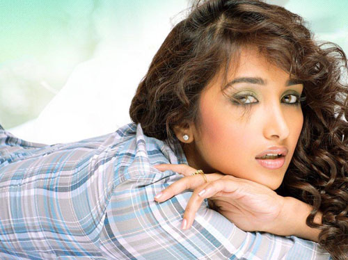 The second celebrity was the Bollywood actress Jiah Khan who commits suicide last June.