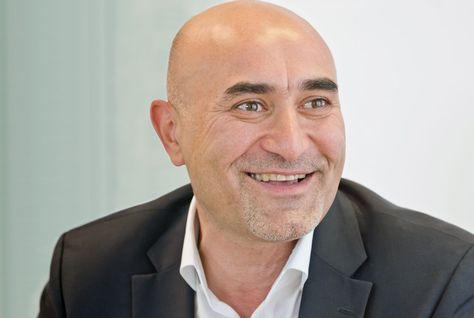 Market maker - Ronaldo Mouchawar