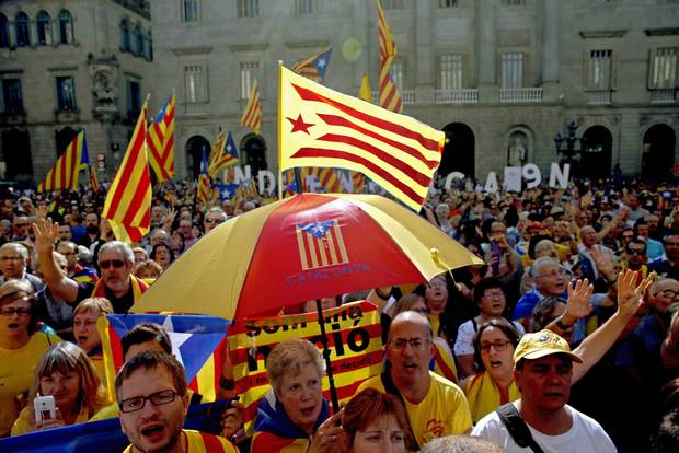 Catalonia calls off independence vote