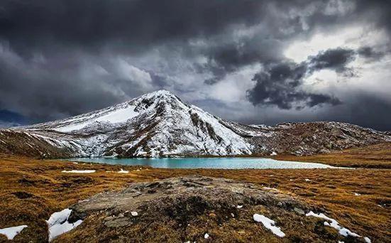 Dharam Sar Lake, Kaghan Valley